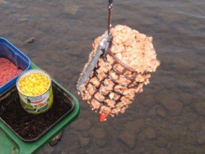 Кормушка для рыбалки