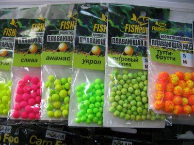 Разноцветный пенопласт в упаковке