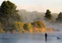 Рыбалка на водоеме в Карелии