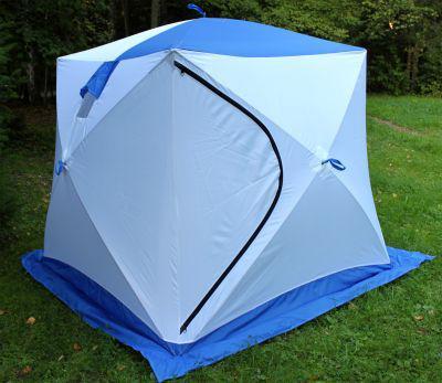 Палатка на траве