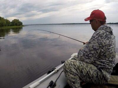 Рыбалка в лодке